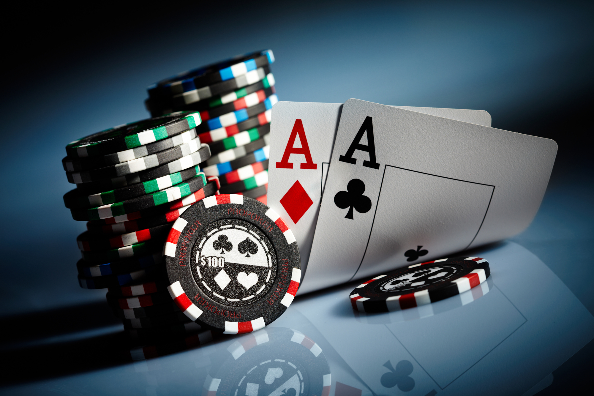 Big Bet is a type of play in Poker